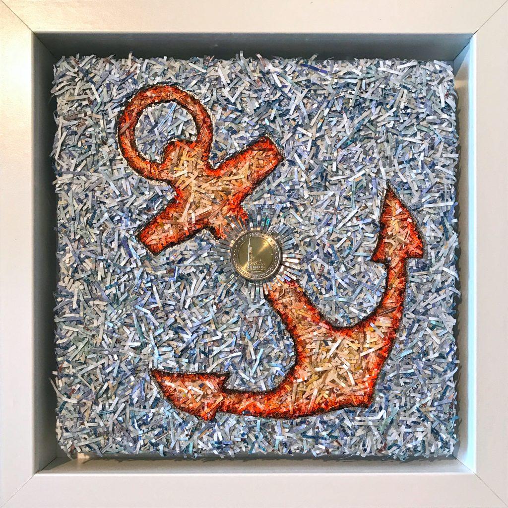 Der Anker steht für Halt und Treue. (20x20 cm) aus Euroscheinfetzen und Zweieuromünze - Hamburg.